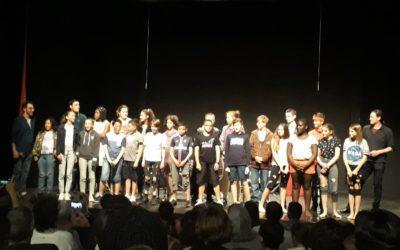 La troupe Saint-Charles se produit au théâtre de la Quinière. Exceptionnel!